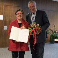 Verleihung des Bundesverdienstkreuzes an Gisela Niclas am 20.12.2017.